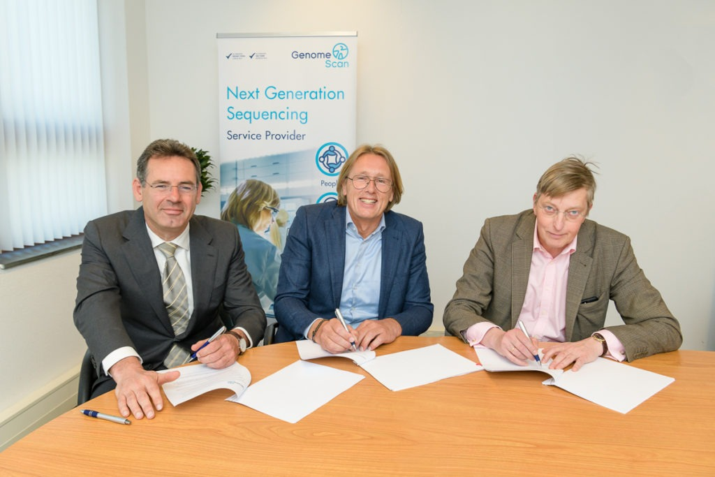 Ondertekening 190514 007 1024x683 Erasmus MC and LUMC to co participate in GenomeScan